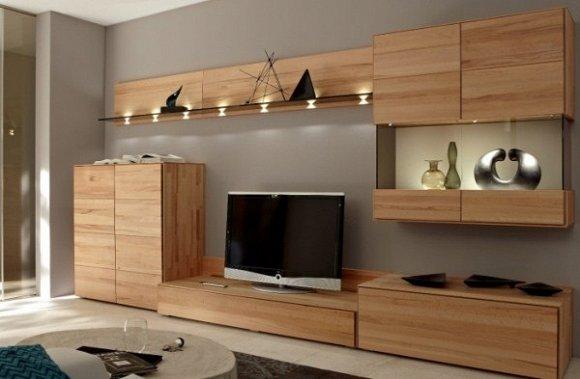 Tủ gỗ có thiết kế đơn giản nhằm khoe trọn vẻ đẹp của các đường vân gỗ tự nhiên.